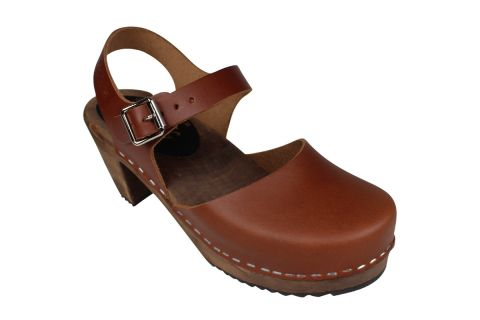 Highwood Cinnamon Clogs on Brown Base
