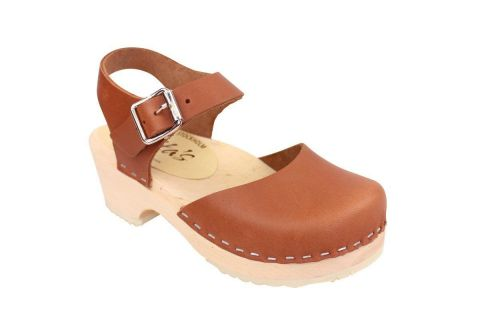 Little Lotta's Low Wood Tan Clogs