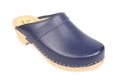 classic blue clog