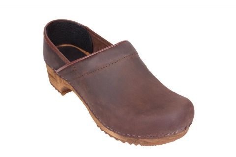 Sanita Julie in antique brown closed back clog 1201005W