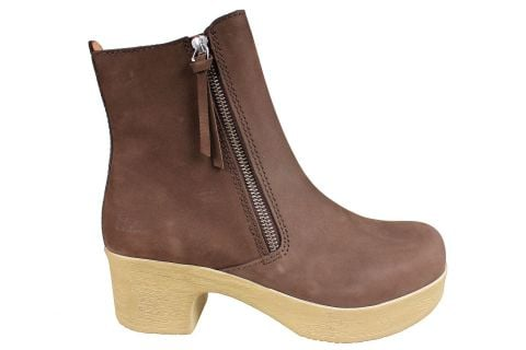 Calou Moa Boot in Brown Nubuck