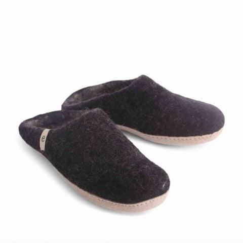 Egos Copenhagen Slip-on Indoor Shoe Simple in Black