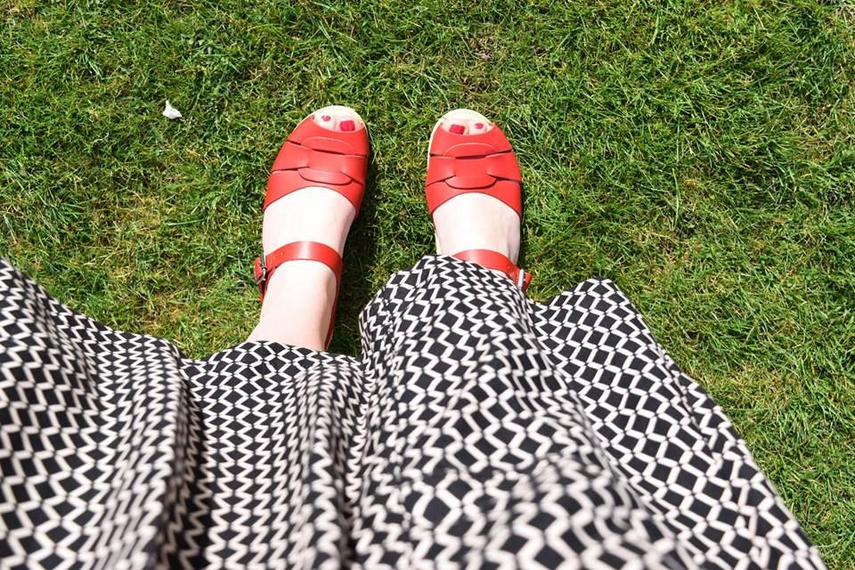 Low Peep Toe Red Seconds
