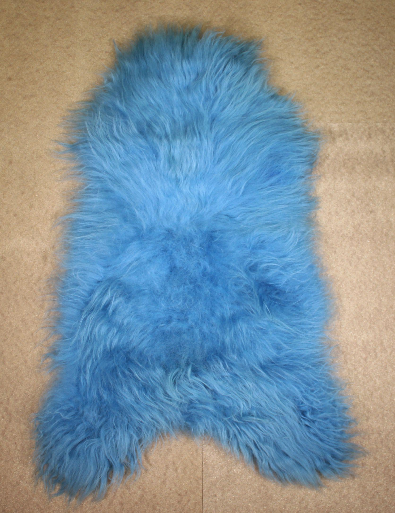Blue Icelandic Sheepskin M