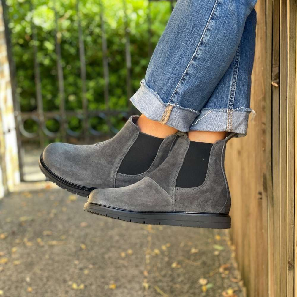 Ten Points Carina Chelsea Boot in Charcoal