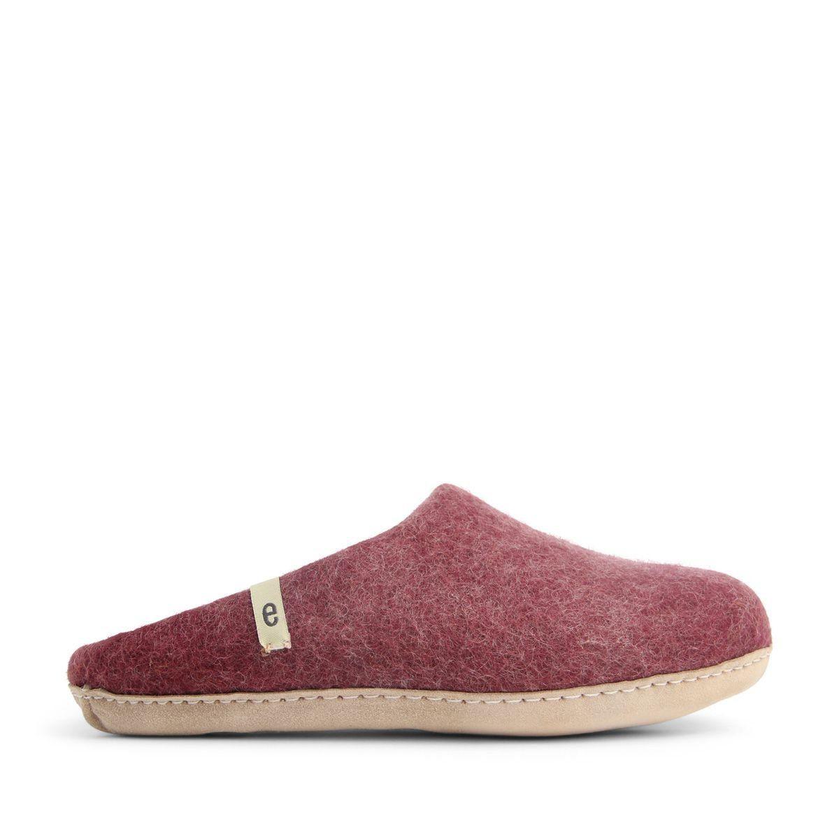 Egos Slip-on Indoor Shoe Simple in Bordeaux