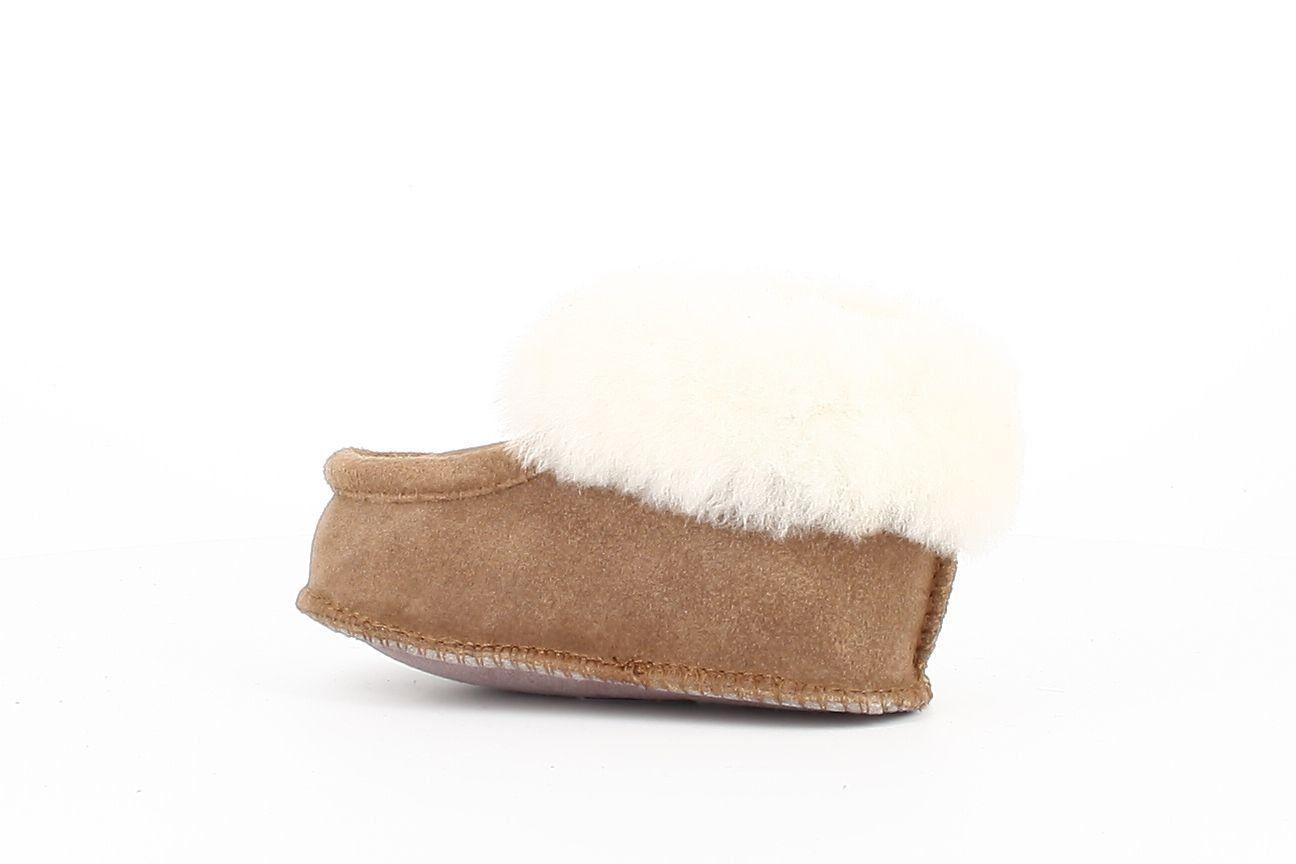 Kids Sheepskin Bootee Slippers in Chestnut