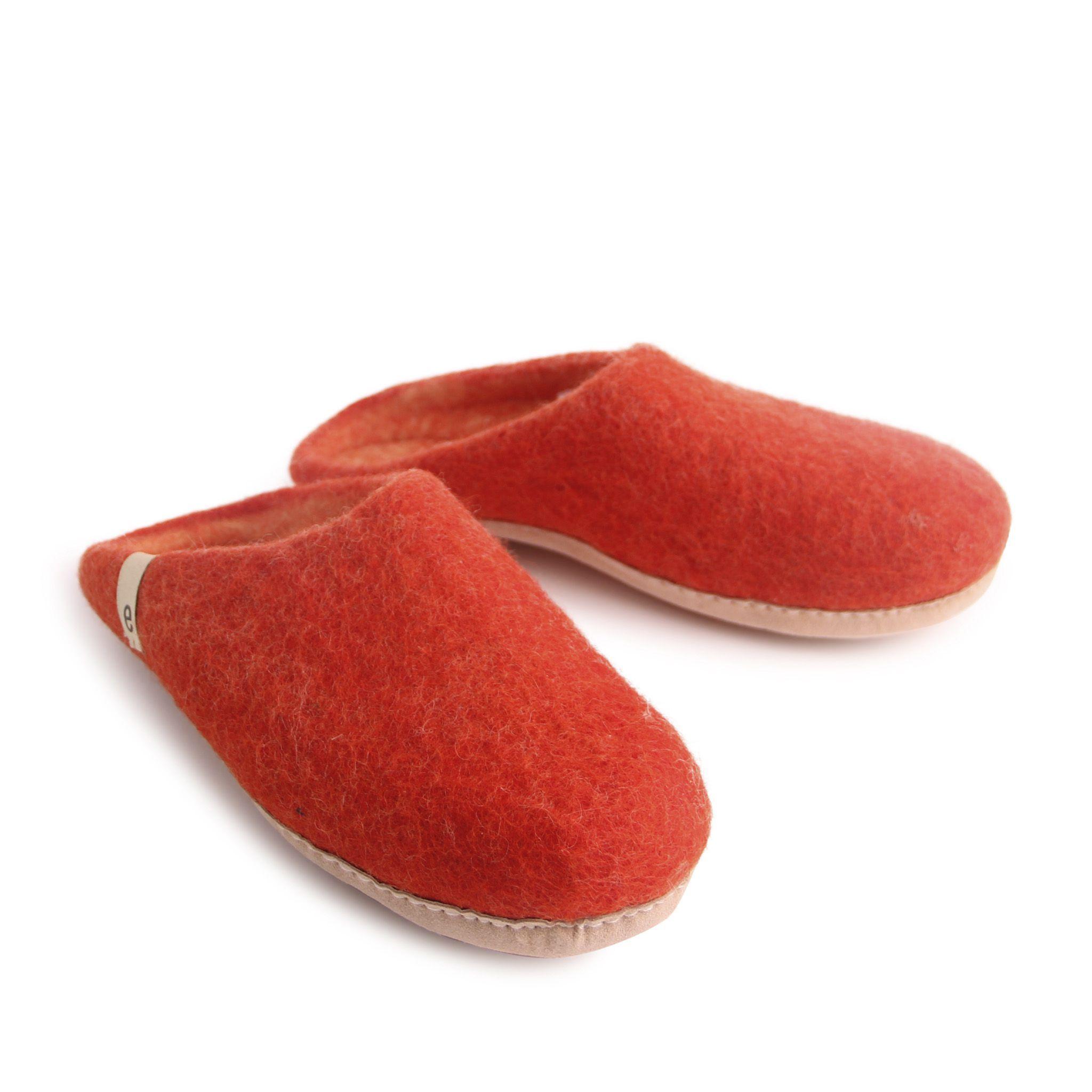 Egos Slip-on Indoor Shoe Simple in Rusty Red