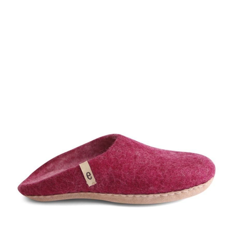 Egos Copenhagen Slip-on Indoor Shoe Simple in Cerise