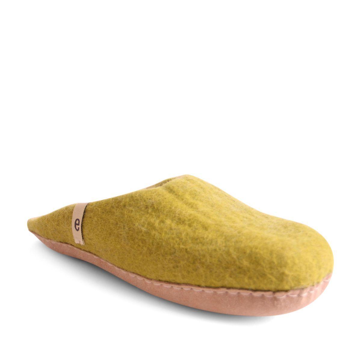 Egos Slip-on Indoor Shoe Simple in Lime Green