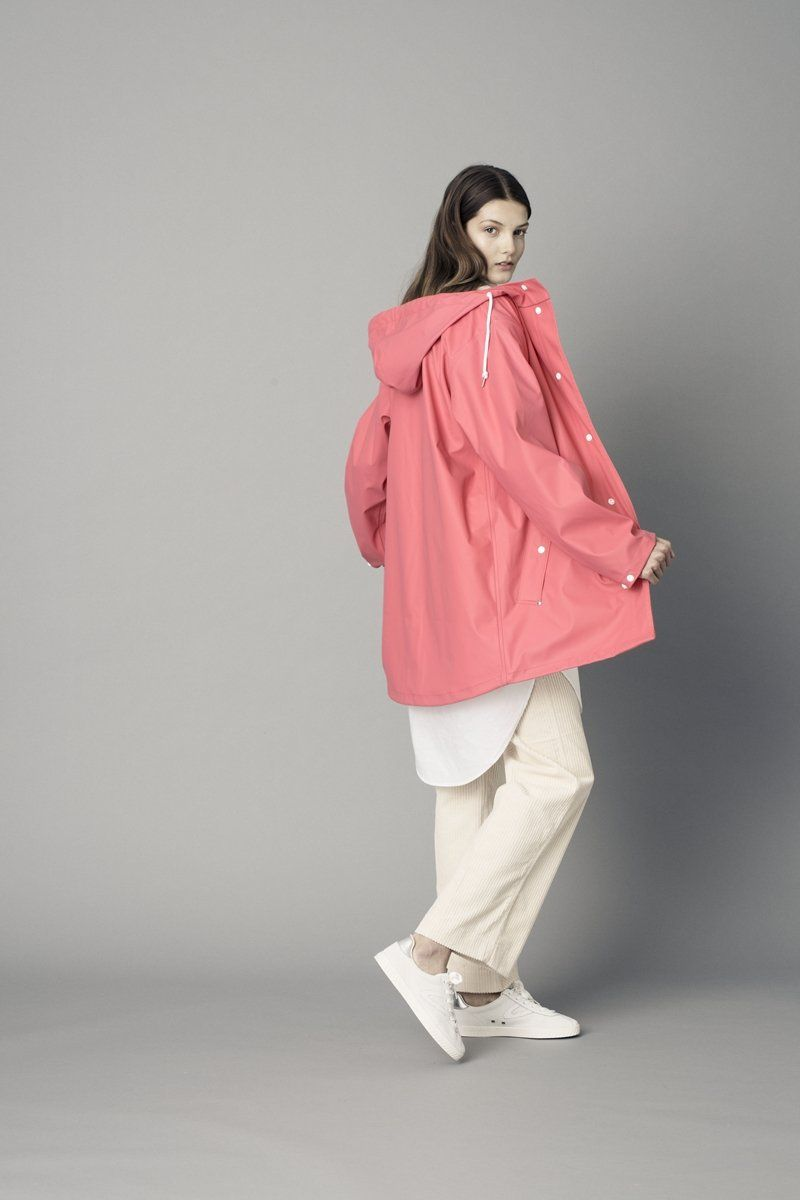 Tretorn Wings Classic Raincoat in Coral
