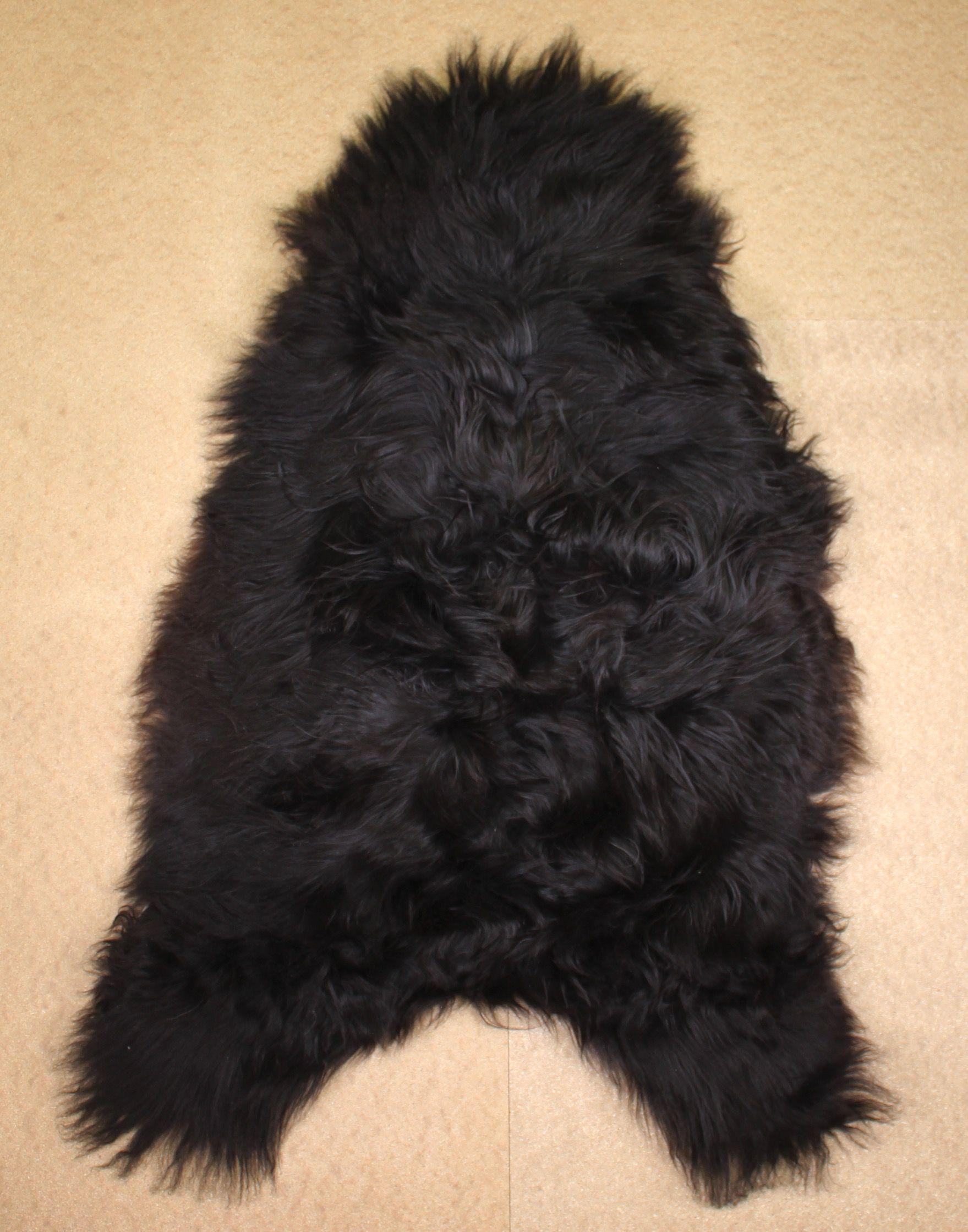 Blacky-Brown Icelandic Sheepskin