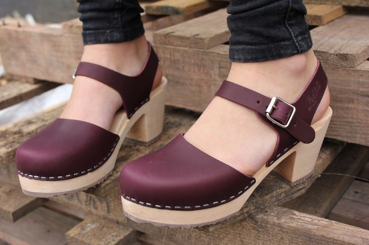 Lotta From Stockholm Highwood Aubergine Clogs style