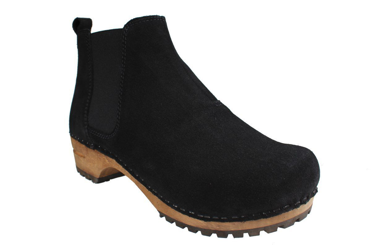 Lotta's Jo Clog Boot in Suede Leather in Black