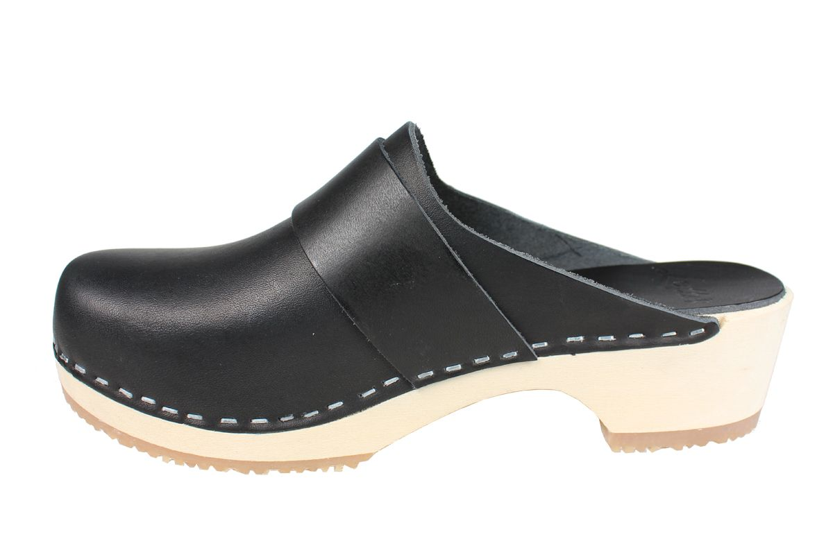 Elsa Classic Black Leather Clogs with Buckle