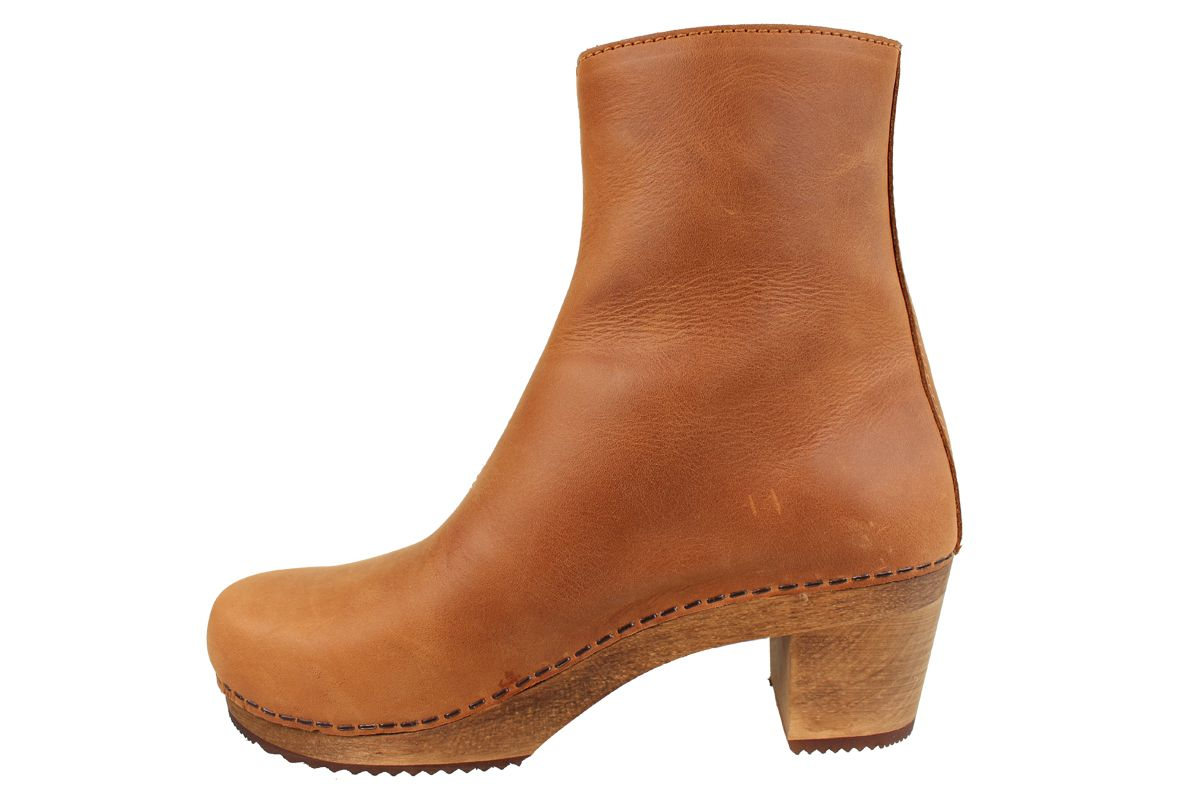 Lotta's Emma Clog Boots in Cognac Leather
