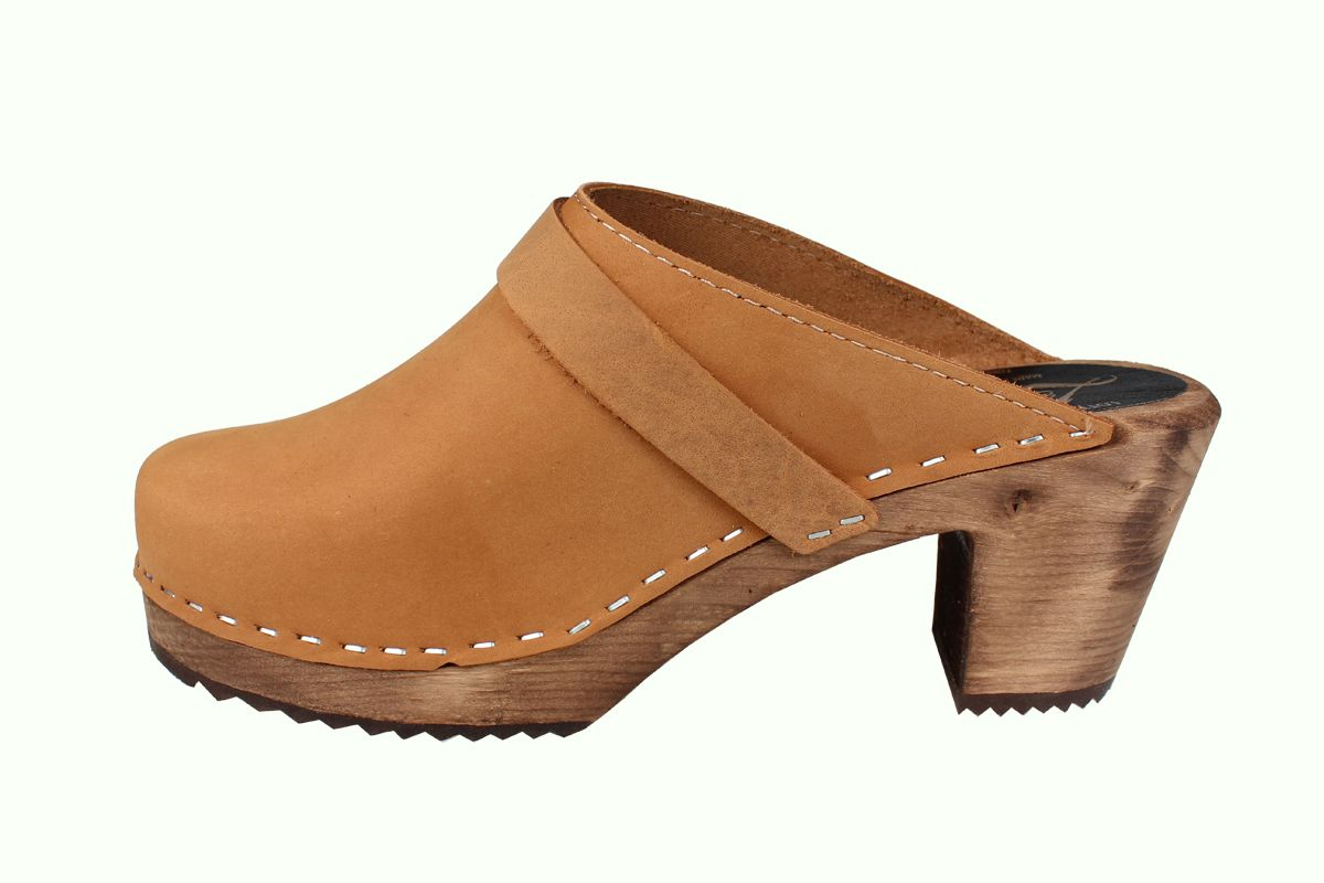 High Heel Classic Clog in Brown Oiled with Brown Base