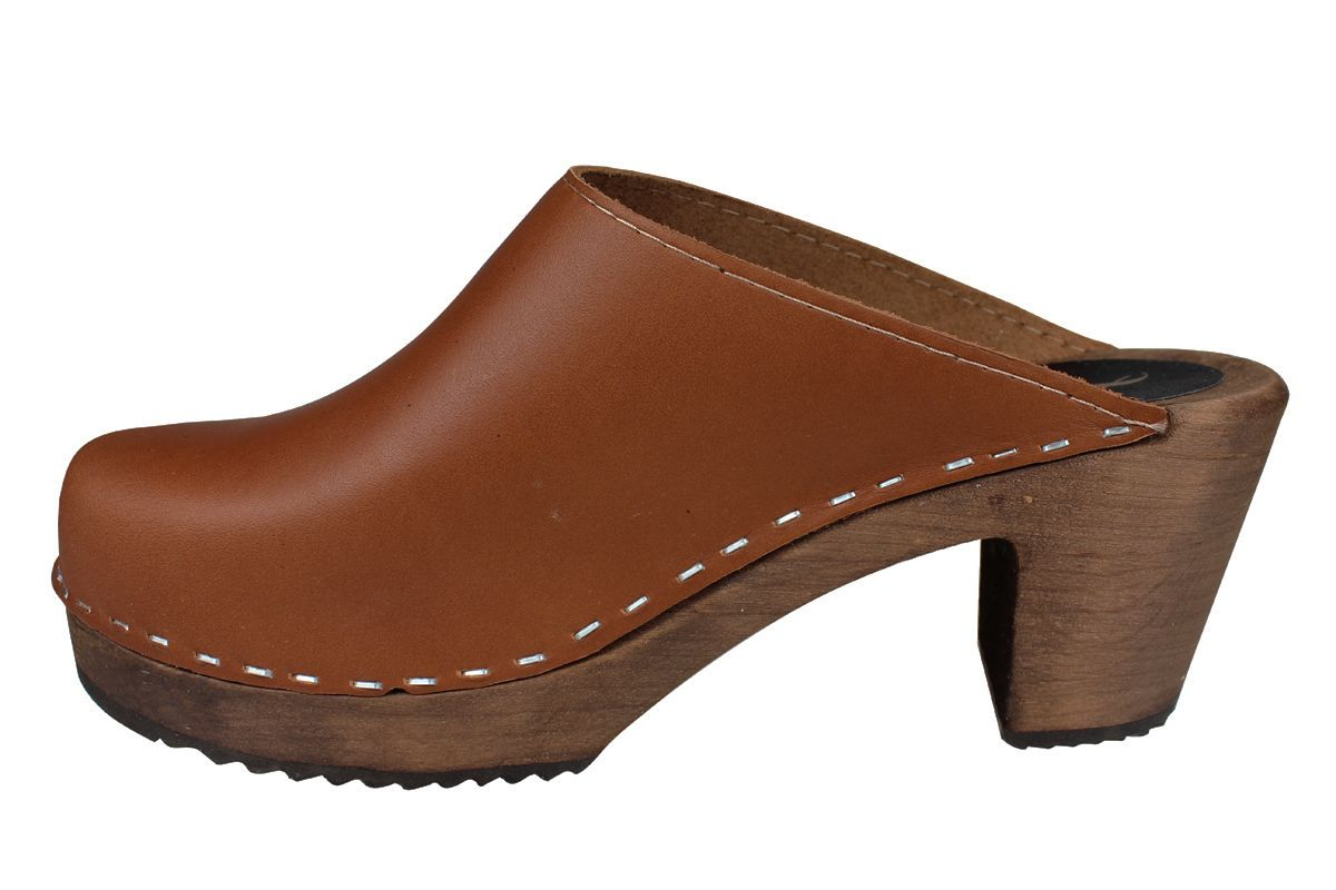High Heel Classic Cinnamon Clogs on Brown Base