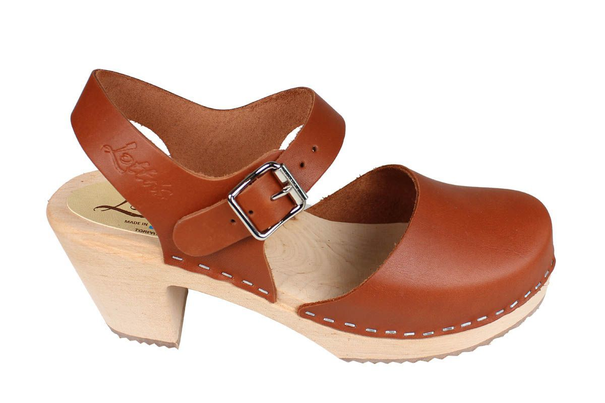 highwood tan clogs style