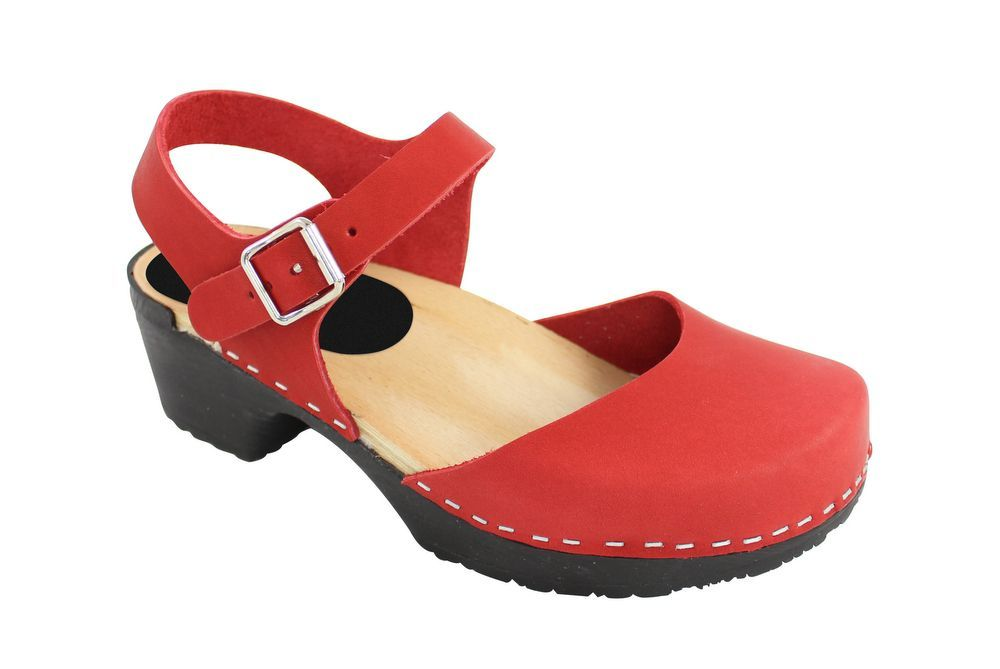 Lotta From Stockholm Soft Sole Red Täckt Mary Jane in Waxed Red Leather