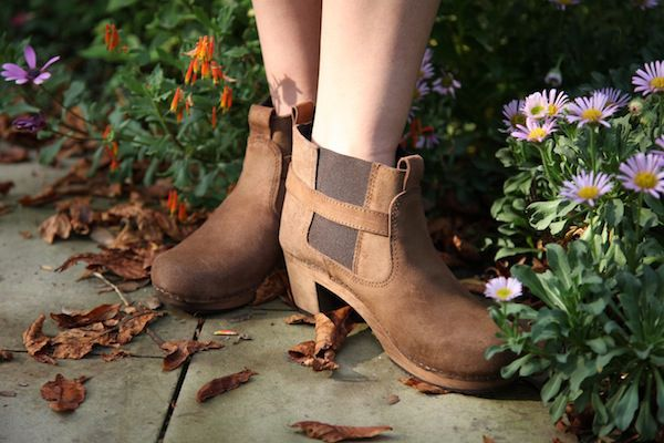 Sanita Peggy Sue Antique Brown Seconds