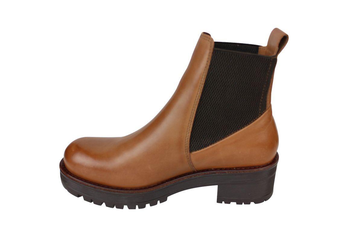 clarisse cognac boot