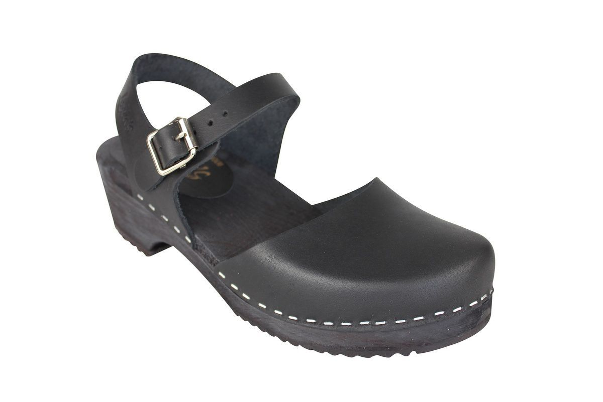 low wood black clogs with black sole