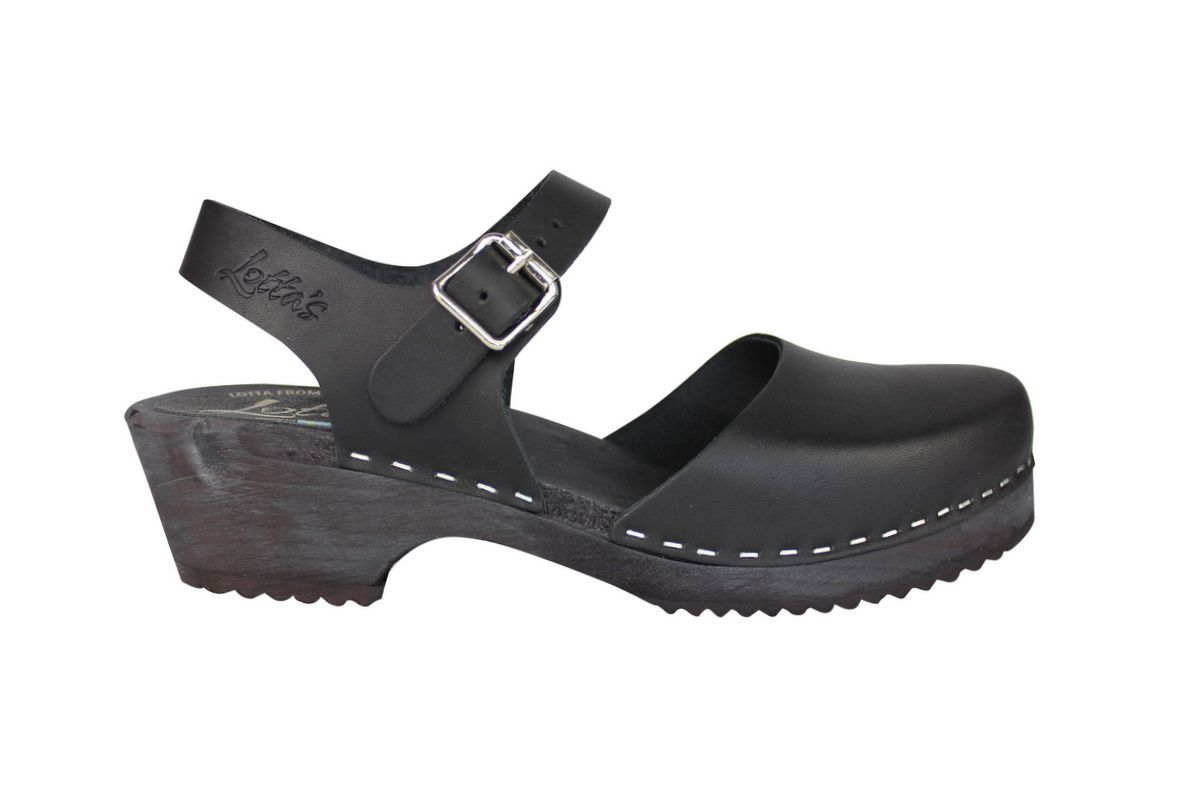 low wood black clogs with black sole side