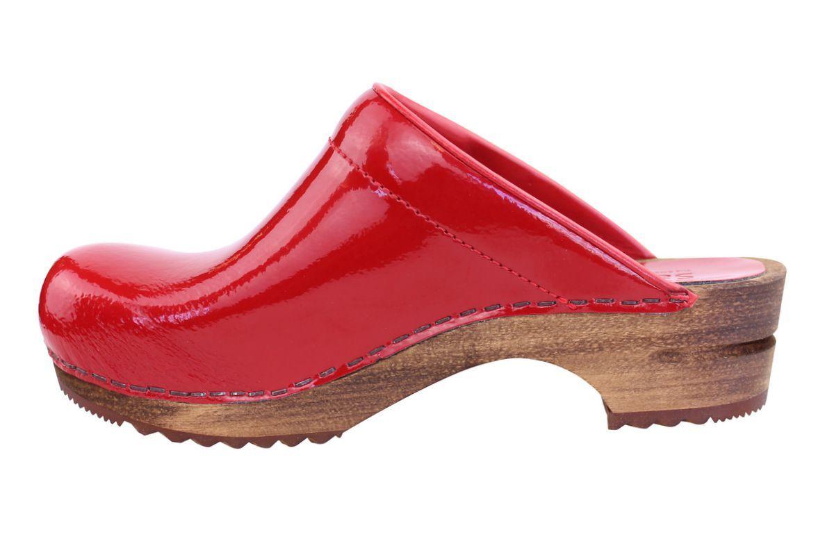 Sanita Patent Red