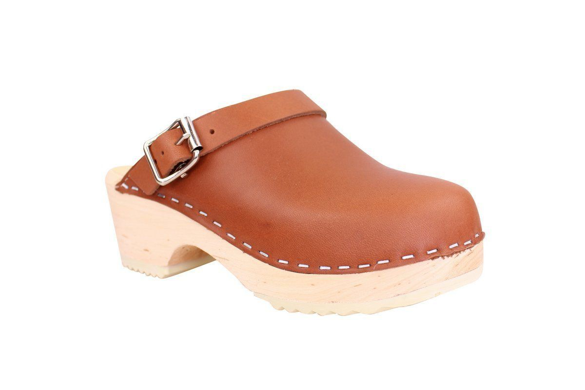Little Lotta's Classic Tan Clog main 2