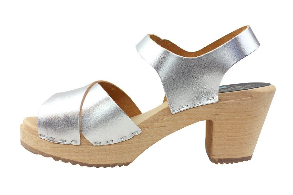 Cross Over Clogs Silver