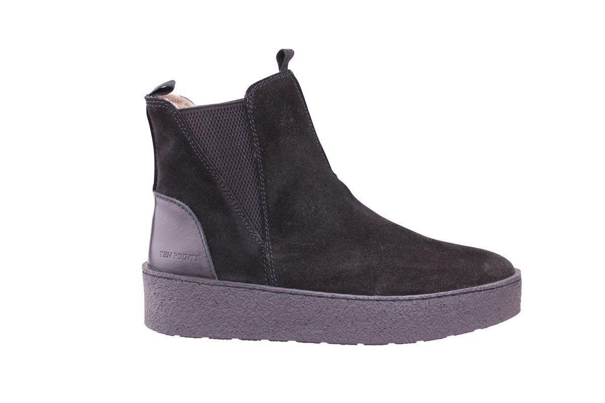 Ten Points Johanna Boots in Black