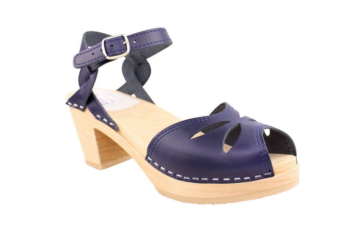 Maguba Rio Medium Heel in Navy