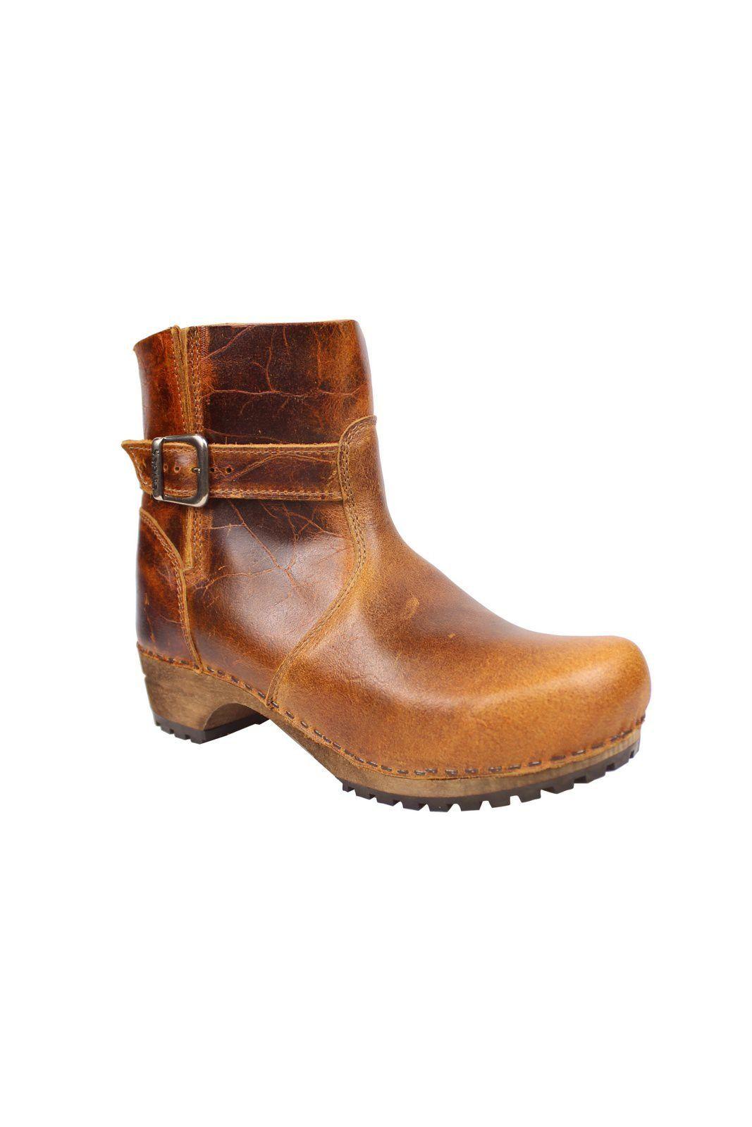 Mina Low Classic Clog Boot Cognac 452330 Main