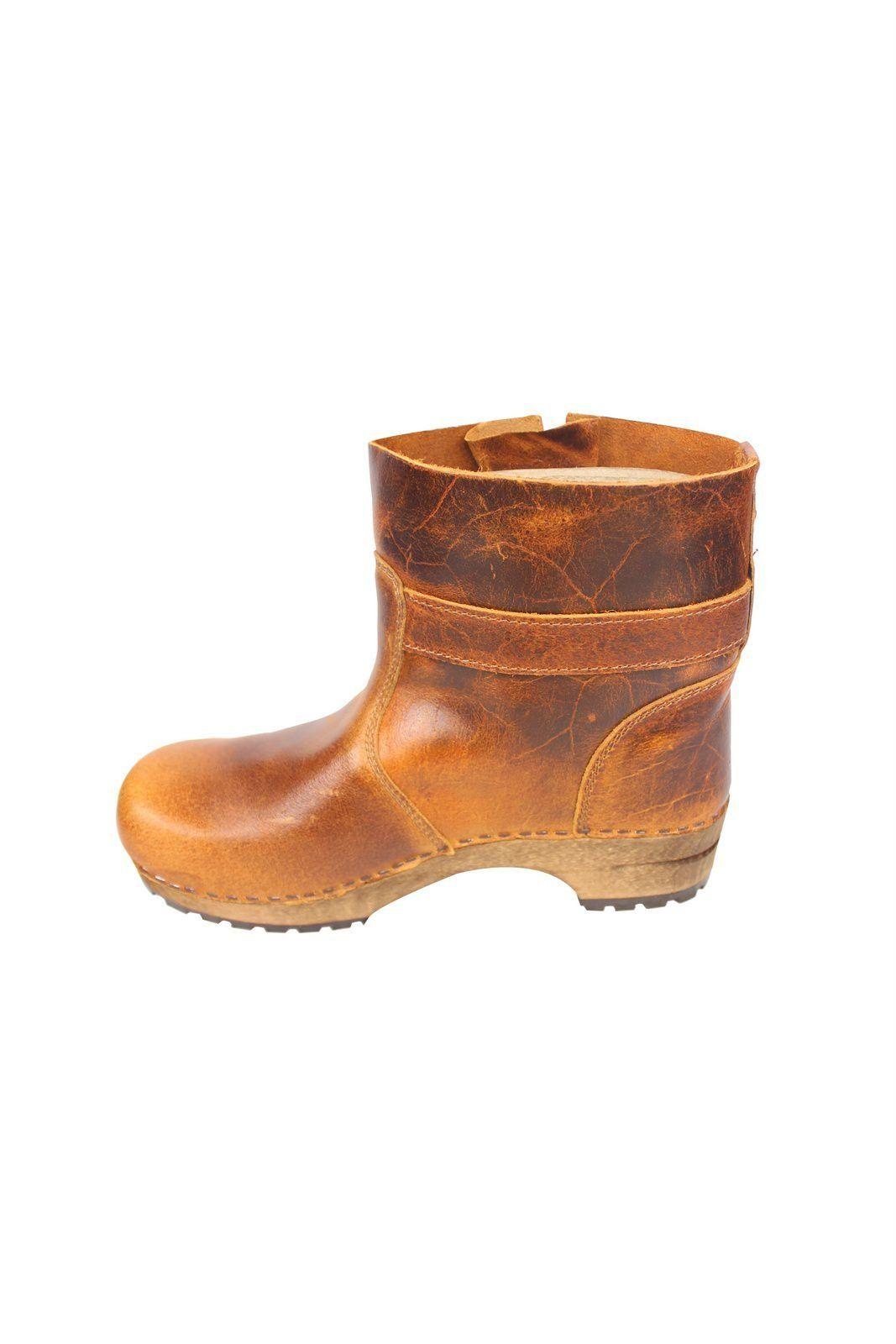 Mina Low Classic Clog Boot Cognac 452330 Rev Side 2
