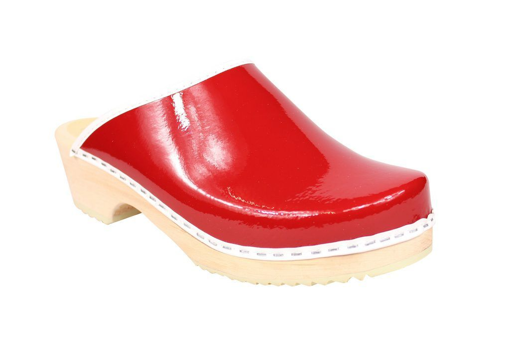 Lotta's Retro Patent Red Main
