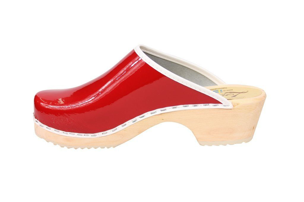 Lotta's Retro Patent Red Rev Side