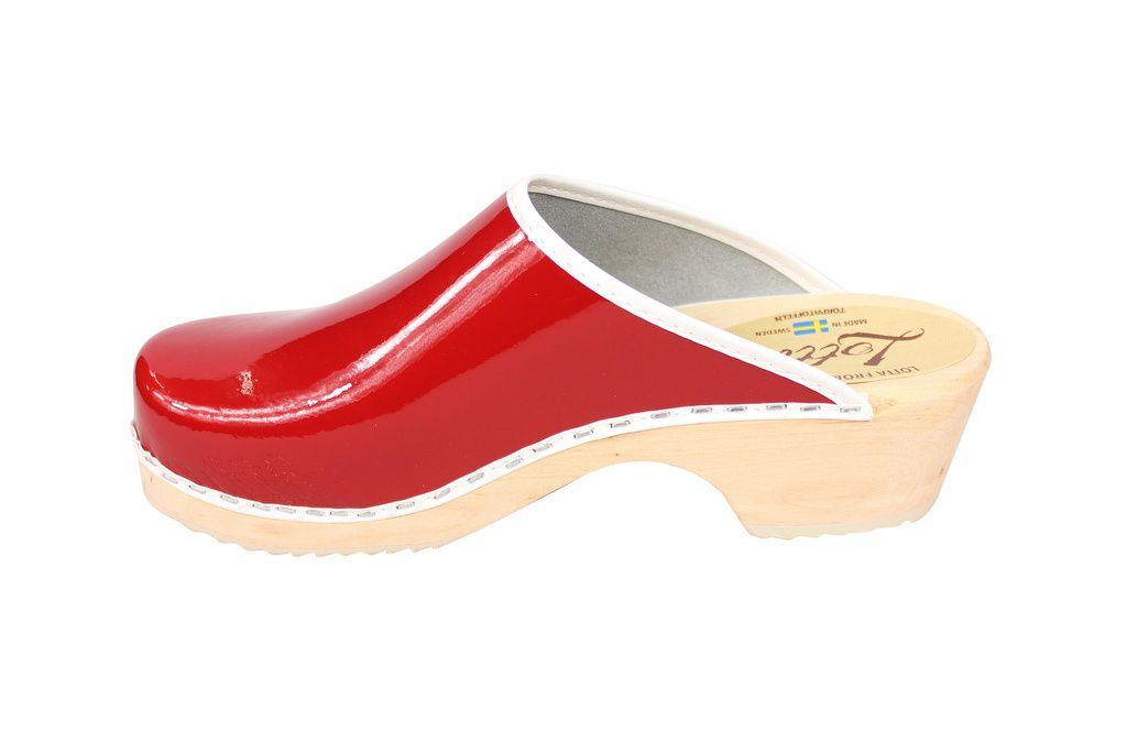 Lotta's Retro Patent Red Rev Side 2