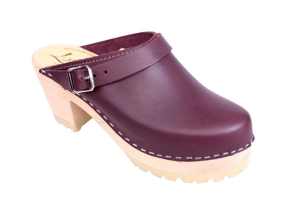 Lotta From Stockholm High Clog with Tractor Sole and moveable strap in aubergine leather