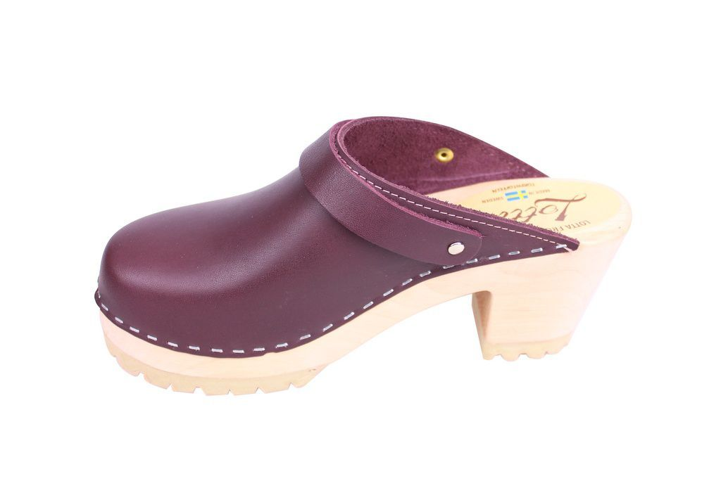 Lotta From Stockholm High Clog with Tractor Sole and moveable strap in aubergine leather rev side 2