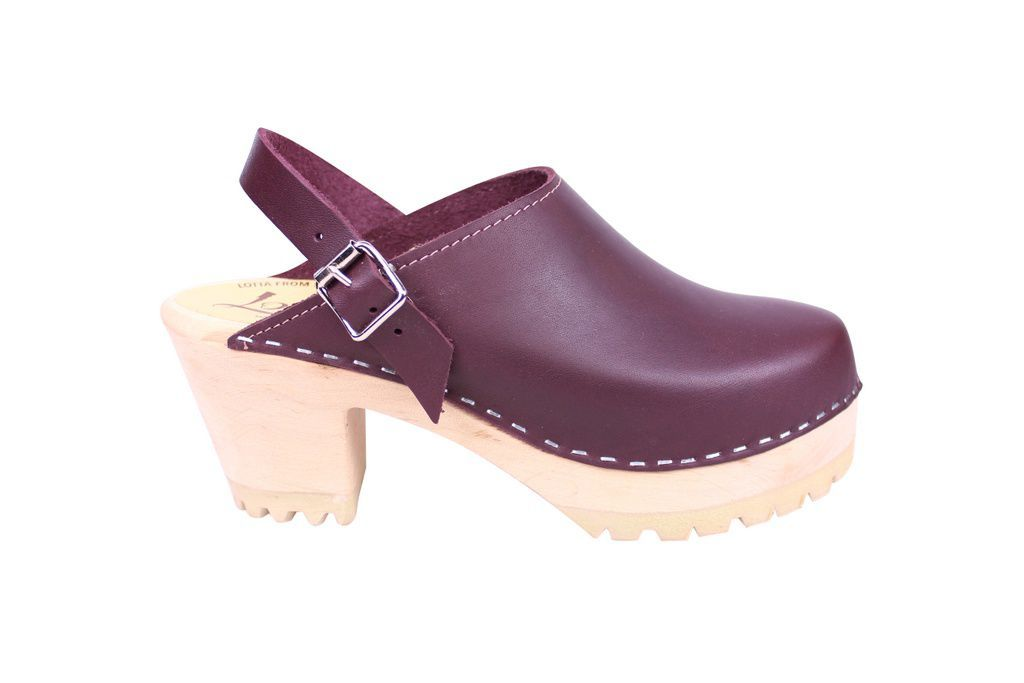 Lotta From Stockholm High Clog with Tractor Sole and moveable strap in aubergine leather side