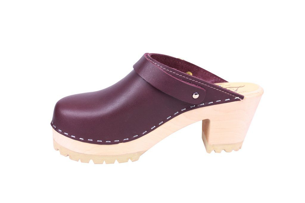 Lotta From Stockholm High Clog with Tractor Sole and moveable strap in aubergine leather rev side