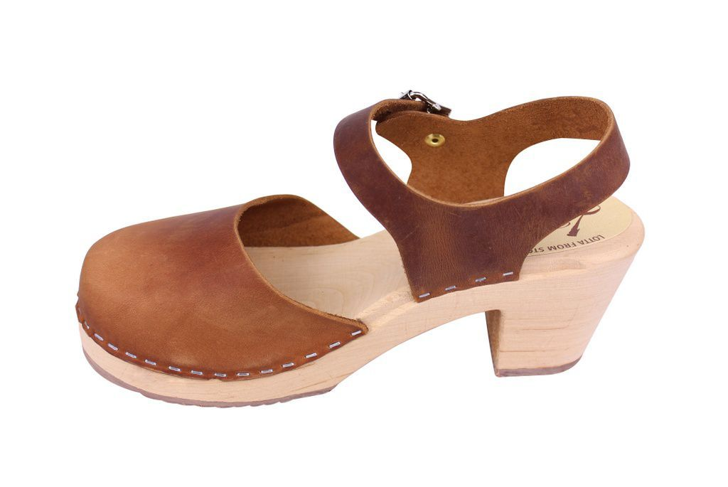 Lotta From Stockholm Highwood Clogs in Brown Oiled Nubuck rev side 2