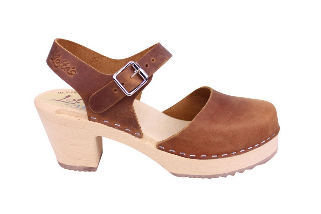 Lotta From Stockholm Highwood Clogs in Brown Oiled Nubuck side