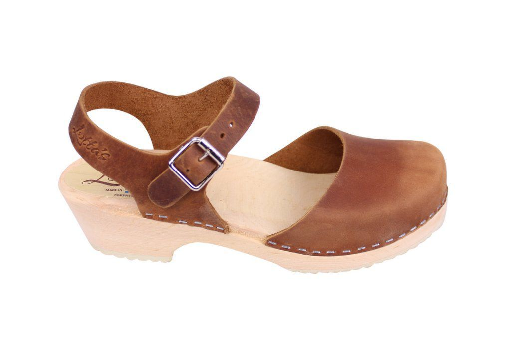 Lotta From Stockholm Low Wood Clogs in Brown Oiled Nubuck side 2