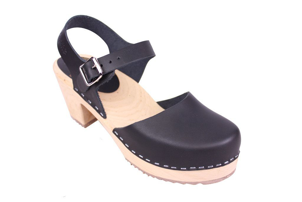 Lotta From Stockholm Highwood Clogs in Black Leather with Natural Sole