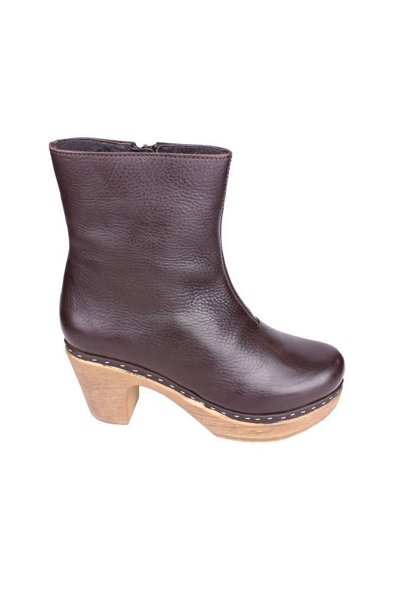 Calou Molly Boot Brown side 2