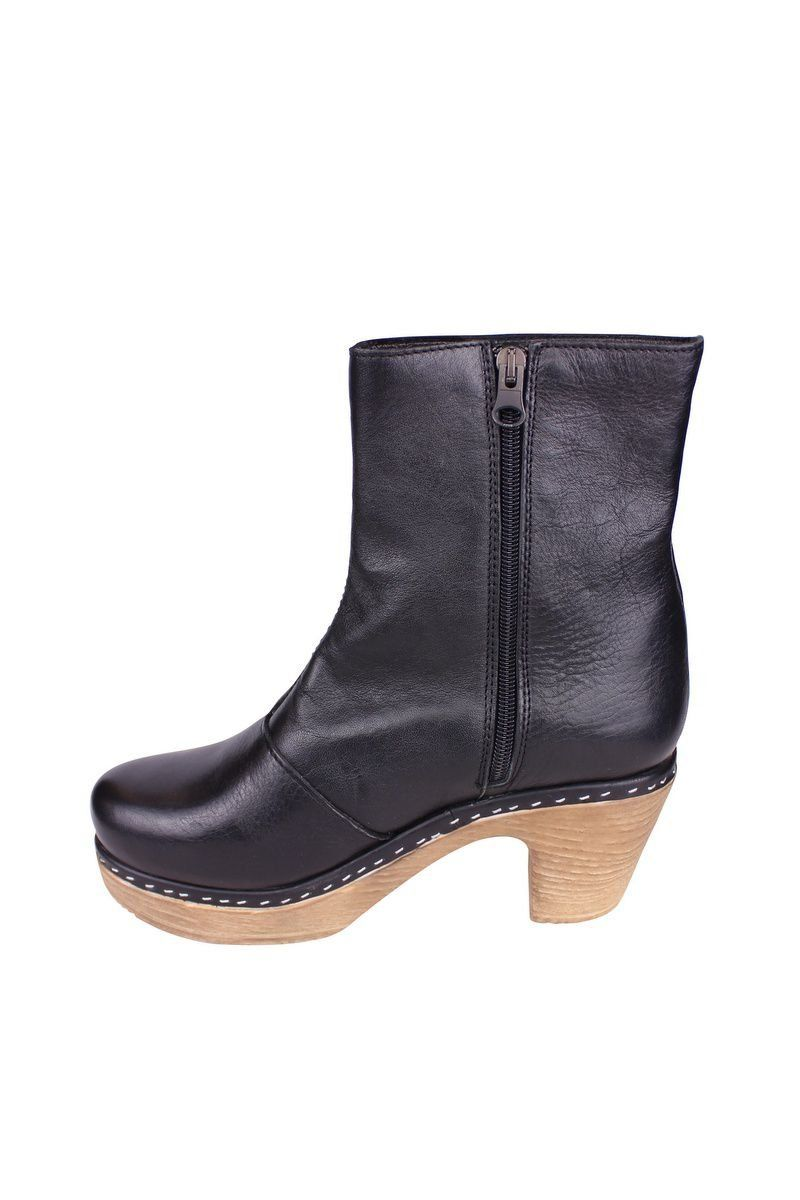 Calou Molly Boot Black rev side 2