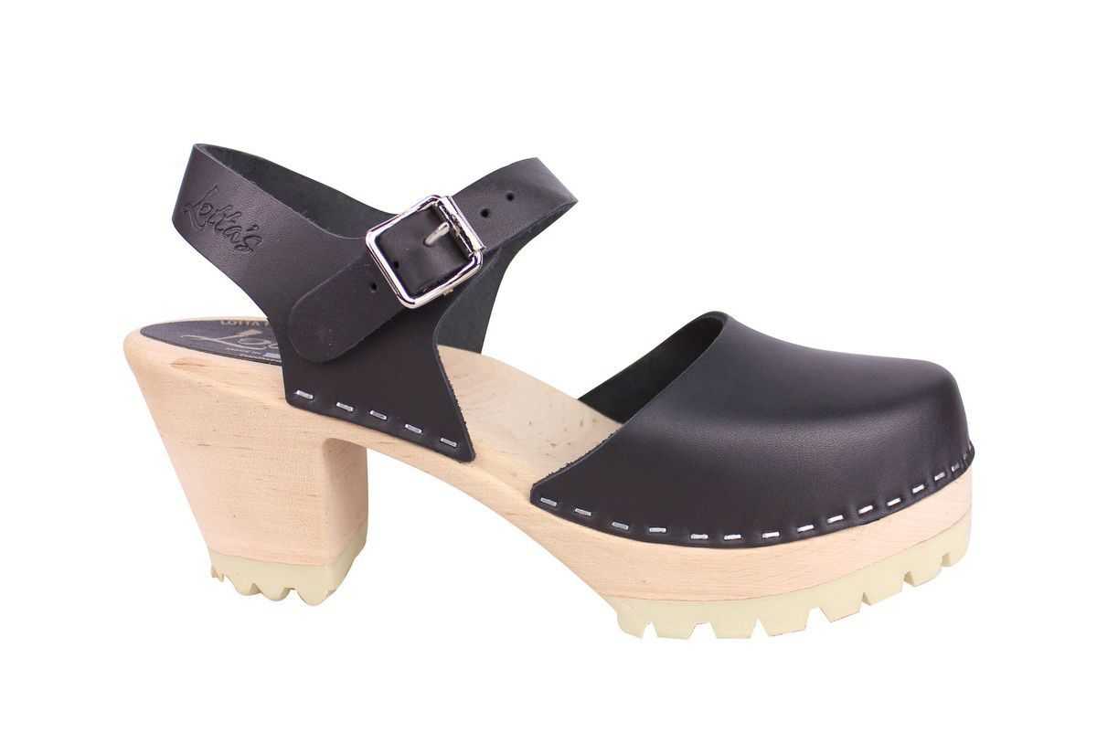Highwood tractor sole black clogs side