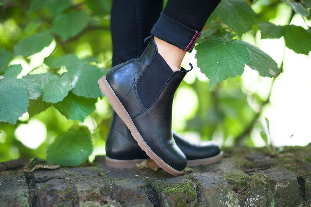 Ten Points Carol Black Chelsea Boot